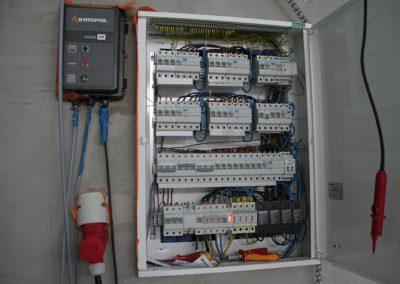 Armatura-elektryczna-pazdziernik-2012-2