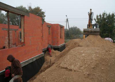 Obsypanie-fundamentow-pazdziernik-2012-1